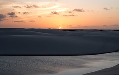 Pr do Sol (felipe sahd) Tags: sunset brasil prdosol lagoa maranho dunas nordeste entardecer barreirinhas lenismaranhenses