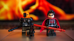 [Lego DC] CW Deathstroke and N52 Red Robin (Jonathan Wong Photography) Tags: red robin comics toys tim dc lego bokeh batman cw wilson arrow superheroes drake custom slade minifigures deathstroke purist
