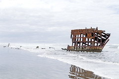 Wreck of the Peter Iredale (nicholas.schnur) Tags: peter iredale fort stevens state park pacific ocean wreck