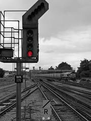 Platform 5, Woking Railway Station (Ron's travel site) Tags: uk england station woking surrey stop gb redlight 2016 platform5 wokingrailwaystation flickrandroidapp:filter=none may2016 ronstravelsite wwwronsspotuk