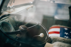Pescadero (TheRobbStory) Tags: california ltm usa color bus vw digital canon volkswagen rust americanflag rangefinder pescadero steeringwheel 5014 screwmount vsco sonya7 downtownlocal vscofilm robbhohmann