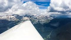 En las nubes (ElArquitecto) Tags: cloud paisajes mountain snow landscape huesca nieve flight wing zaragoza cielo nubes vela cloudscape horizonte pirineos vuelo aragn