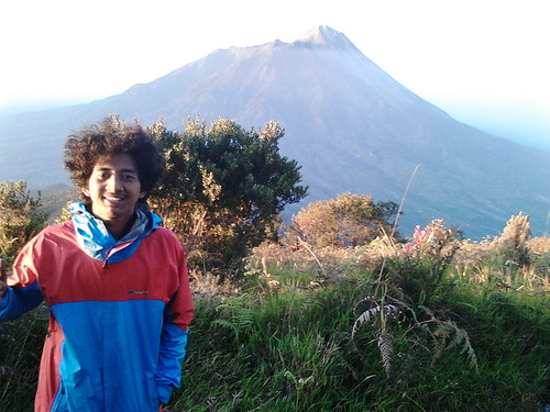 "Pengembaraan Sakuntala ank 26 Merbabu & Merapi 2014 • <a style=""font-size:0.8em;"" href=""http://www.flickr.com/photos/24767572@N00/27067813382/"" target=""_blank"">View on Flickr</a>"