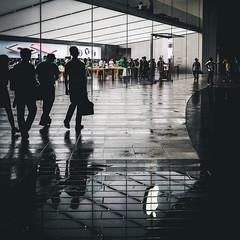 Guangzhou.Apple.Store.1 (Jeremy Langley) Tags: guangzhou china reflection night applestore