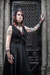 Shooting - Abysse 001 (Thomas Mathues) Tags: portrait cemetery graveyard dark model photoshoot mourning belgium belgique tomb gothic goth shooting widow gothique tombe cimetire modle hainaut