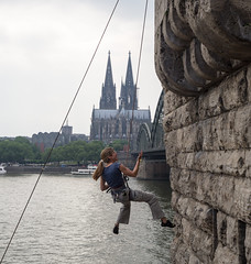 Climbing Cologne (Georgie Pauwels) Tags: street lines wall candid streetphotography cologne olympus climbing
