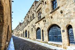 Rue des Chevaliers - Rhodes (yann.dimauro) Tags: gr rodos grce egeo