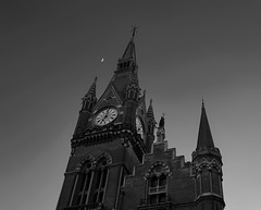 Moon over St Pancras (UncanD) Tags: moon london clock hotel evening blackwhite dusk gothic stpancras georgegilbertscott