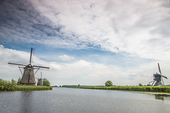 Kinderdijk (Jurgen Berbee) Tags: cloud green mill nature water canon kinderdijk molen 70d