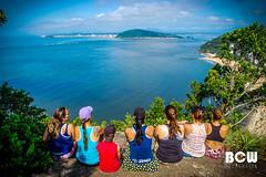 Vista linda - Morro do Boi - Matinhos / Paran (B[C]W - B r u n o) Tags: brazil verde paran azul brasil mar pessoas natureza paisagem oceano matinhos morrodoboi 2016brunocaporossiwuo