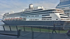 20160504_162142_Richtone(HDR) (sevargmt) Tags: vancouver british colombia bc canada cruise ncl norwegian pearl may 2016 downtown place holland america volendam ship