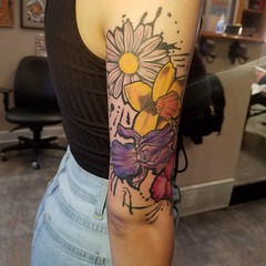 Progress on this piece. We're getting there.#flowertattoo #nokaoitattoo