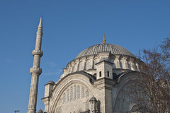 Nuru Osmanye Mosque #1 (Bahanick --(Next upload: Istanbul shots)) Tags: suleymaniye romanic cistern hagia sofia blue mosque solimano ottoman costantinopoli bisanzio istanbul turkey turchia moschea minarets topkapi palace harem bazaar spices egyptian egizio galata tower torre bosphorus bosforo art arte foto picture luce light riflesso reflex colori colors immagine image original sensazioni sensation emozioni emotions visivo visual dark bright saturation contrast tonality chiaro scuro camera raw forme shapes curiosity composizione composition look good with con per for up su