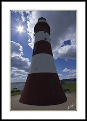 John Smeaton's Tower (Nickerzzzzz :)) Tags: lighthouse perspective plymouth hoe sunburst smeatonstower eddystone johnsmeaton 1022usm canon60d nickerzzzzz nickudy