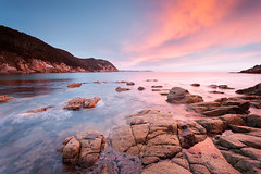 Bluestone Bay beauty (Luke Tscharke) Tags: sky seascape beautiful sunrise vivid australia tasmania tas eastern freycinet bluestonebay
