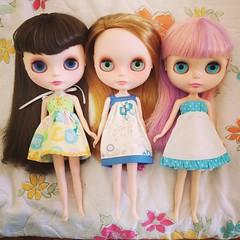 Três meninas. Cíntia, Duda e uma sem nome.