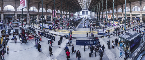 20130515_F0001: Wide view into Gare du Nord