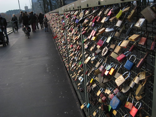 Love locks on Hohenzollern Bridge, Cologne