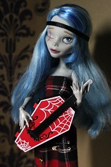 guitarist (Senseless Cactus) Tags: monster high ooak spectra ghoulia