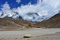 Au pied de l'Island Peak (extrme droite) dans Pareshaya Gyab (StephanPeccini) Tags: trek himalaya npal