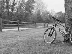 Navarre trailhead.... (tbower) Tags: ohio blackandwhite bw monochrome bicycle giant geotagged raw towpath cr2 ohioeriecanal cs5 navarreohio niksep canong11
