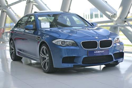 BMW M5 F10 @ Louwman Exclusive