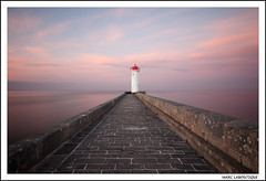 PHARE D'AUDIERNE (Marc Laboutique) Tags: ocean longexposure sunset sea mer france pose landscape bretagne lumiere paysage phare crepuscule lightroom atlantique finistere longue audierne