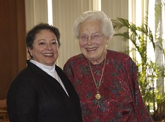 Marj Passman & Mary Ellen Rudin, Madison 2006 (ali eminov) Tags: receptions honors honoringwalterrudin mathematicians topologists professors colleagues friends madison maryellen