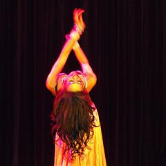 Oriental . Belly Dancer  7465 (Lieven SOETE) Tags: brussels people woman female donna dance movement mujer belgium danza femme mulher young danse movimiento sensual belly human tanz bewegung bellydance oriental frau ventre dana vientre jvenes junge mouvement joven sensuel jeune     weiblich  gbek  intercultural    fminine orientalischer sensuale  sinnlich bauchtanz femminile hareket  2013 kadn    oryantal  interculturel        ehvetli