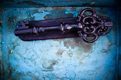 Blue Box Secret Key (Ben Aerssen) Tags: blue metal grey key iron box antique waterdamage