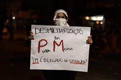 Protesto de 1 de agosto (Inventor de Abismos) Tags: street brazil brasil riodejaneiro night protest noite rua pm leblon mscara manifestao protesto democracia ditadura demontration manifestantes pmerj