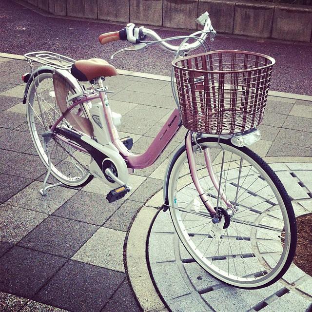 日本はつくづく技術大国だと思う電動アシスト自転車☆軽さを追求するviviLightU!漕ぎ出しの軽さはびっくりしますよ!! #panasonic #eirin #電動アシスト自転車 #vivi