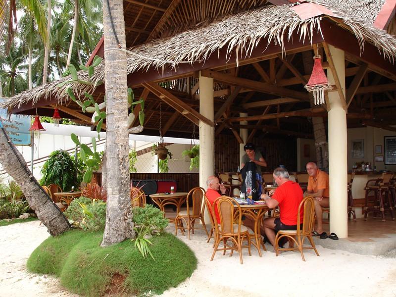 Alona Vida Bar