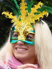 P1050835_v1 (aishe's photography) Tags: street carnival venice portrait woman eye smile face colo germany deutschland eyes colorful gesicht mask feather laugh blonde augen frau lachen farbe venedig auge bunt karneval lcheln masken feder strasenkarneval blinkagain
