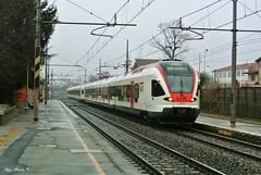 TiLo (Luigi Basilico) Tags: ticino milano sbb 150 bahn lombardia linea ffs hauptbahnof bahnof 524 ferrovie ferroviaria cff tilo chiasso etr svizzere carimate federali trenord