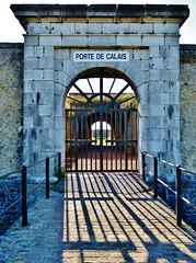 Fort Nieulay Porte De Calais - Licht en schaduw - Light and shadow