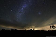Estrelas (fabsciack) Tags: longexposure sky night stars estrelas céu noite nightphoto santacatarina fotonoturna longaexposição vialactea fraiburgo rotadaamizade valedocontestado