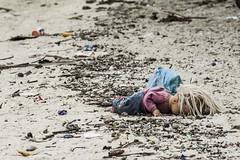 _MG_4926 (Diego A. Assis) Tags: brazil rio brasil riodejaneiro garbage rj ilhadogovernador dirt pollution olympics lixo olimpiadas sujeira baiadeguanabara poluio jogosolimpicos bayofguanabara bayguanabara islandgovernor