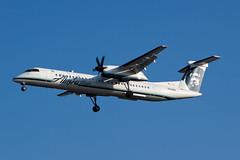Alaska Airlines (Horizon Air) Bombardier Dash-8 Q400 N423QX (jbp274) Tags: airport airplanes lax dash8 qx alaskaairlines bombardier q400 klax horizonair