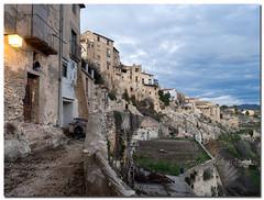 Arquitectura medieval, Bocairent. (Carpinet.) Tags: atardecer olympus crepsculo callejn tranquilidad microcuatrotercios