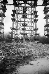 Chernobyl Exclusion Zone, Duga Radar (Russian Woodpecker) (St Prie) Tags: 35mmfilm ilfordhp5plus400 vivitarultrawideandslim vuws
