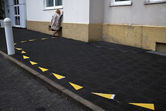 Shortcut (Monty May (OBSERVE)) Tags: street germany humour nrw iserlohn