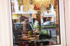 ZULIMON - Kunst & Essen in Berlin (bsdphoto) Tags: berlin art schilder deutschland restaurant cafe kunst galerie schaufenster exhibition dada deu sthle ausstellung charlottenburg tische kochen lokal kochkurs kochmtze dadaismus vietnamesisch kochkurse ausenansicht kochanleitung kantstrase ausenaufnahme strasencafe dadaberlin kochenlernen kochinstitut zulimonkochinstitut frhlinsgrollen speisenzubereiten kochmtzen frhlingsrollenzubereiten vietnamesischerkochkurs