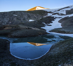 Alpenglow (isaac.borrego) Tags: lake snow mountains reflection water colorado peak alpine rockymountains alpenglow mosquitorange uploadedviaflickrqcom canonrebelt4i