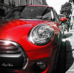 rouge et chrome, la petite voiture. (png nexus) Tags: street red car rouge voiture desaturation rue
