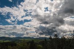 Paisatge (Rafel Miro) Tags: sky espaa cloud clouds shrine cel cielo nubes hermitage nube ermita navarra nuvol nuvols nafarroa ochagavia muskilda