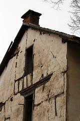 Zerfall (gripspix (OFF)) Tags: house window germany deutschland decay fenster haus halftimbered dettingen fachwerk archiv badenwrttemberg zerfall horb priorberg 20160404