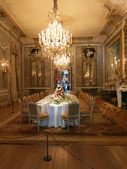 Dining room, Waddesdon Manor (Peter Curbishley) Tags: waddesdon ornate aylesbury nationaltrust bucks candelabra rothschild