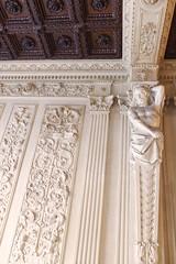 artesonado (mundotorpe) Tags: madrid hall madera arte escultura entrada malasaa marmol figura artesonado dintel