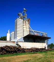 Grain Elevator long Railroad - Westville, Oklahoma (danjdavis) Tags: railroad oklahoma grainelevator gondolas westville adaircounty